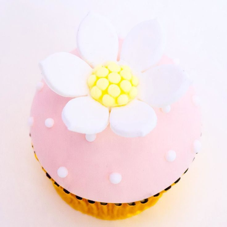 56 best Cupcakes and Sweet Things images on Pinterest | Cake wedding ...