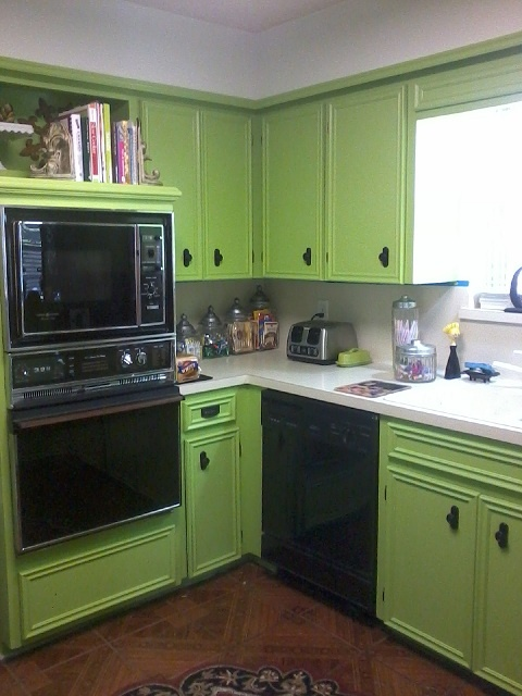 Painted My Kitchen Lime Green Be Bold With The Paint Colors You Love I Smile Each Compliment