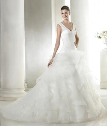 A-linie Luxuriöse Außergewöhnliche Brautkleider aus Organza mit Perlenstickerei