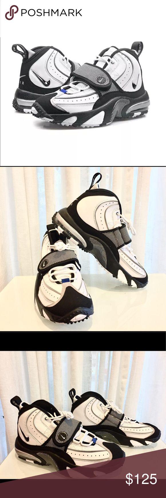 Nike Air Max Pro Streak White Men Turf Training s8 NWB (no box top) Nike Air Max Pro Streak White Black Men's Turf Training 684711 100 Size 8 Nike Shoes Athletic Shoes