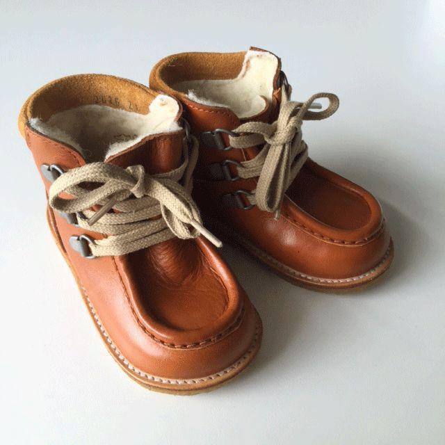 Skønne TEX vinterstøvler fra Angulus i cognac. Se Gladerollingers lækre udvalg af sko og støvler fra Angulus til piger og drenge