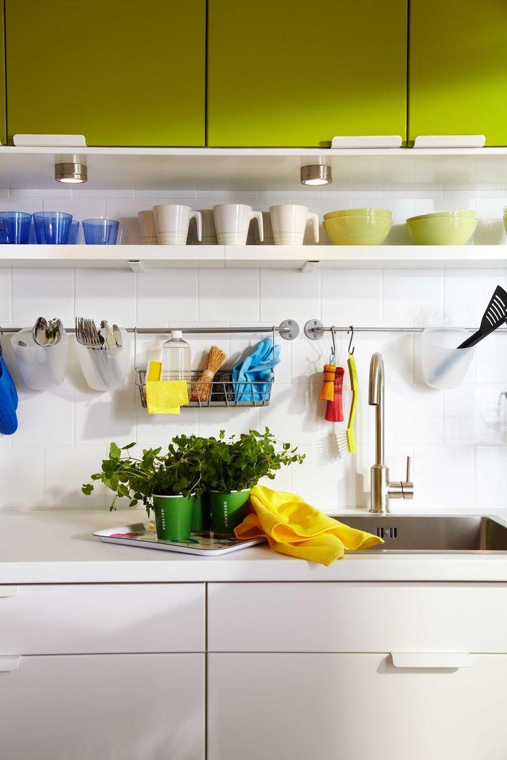 IKEA Österreich, Inspiration, Küche, Grün, Tür RUBRIK ABSTRAKT, Wandboard  MARGINAL, Becher HURRIG, Schüssel FÄRGRIK, Glas DIOD, Kräutermix ÖRTIG    Pinterest ...
