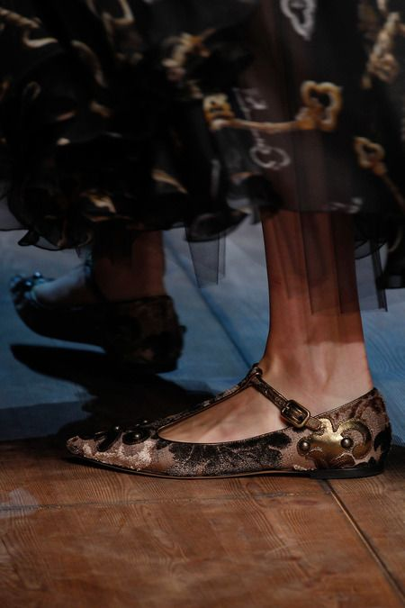 Dolce & Gabbana | Fall 2014 Ready-to-Wear Collection |