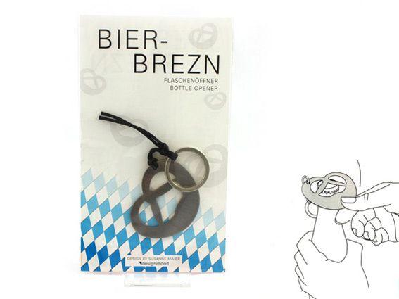 BIERBREZN #designimdorf #bottleopener in pretzel form // Flaschenöffner in Brezenform, aus Edelstahl für Designimdorf, auch als Schlüsselanhänger verwendbar #design by SusanneUerlings