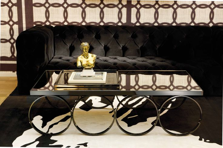 DOM EDIZIONI Salone del Mobile Capitonnè sofa, circles 4 #domedizioni #luxuryliving #luxuryfurniture #capitonnésofa #coffee table