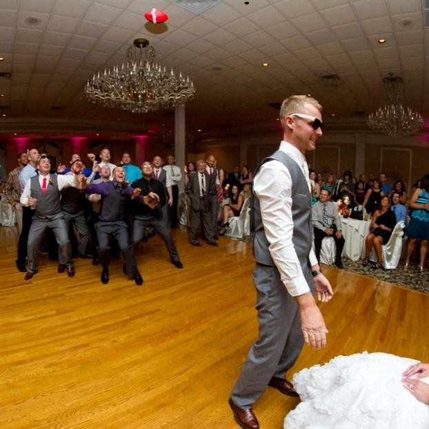 Garter Toss Songs: 10 Best Dependable Wedding Djs Pics Images On Pinterest