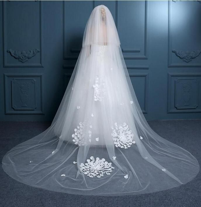 4624 best Wedding Veils, Hair Jewelry,Headpieces, Hats, and Wreaths ...