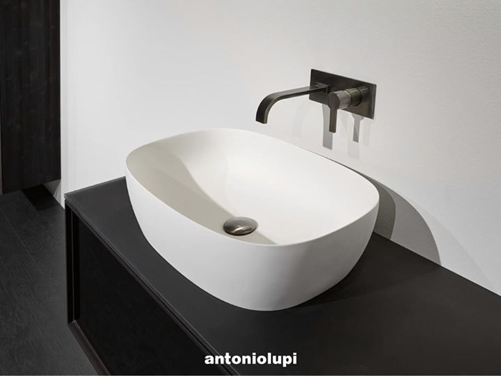 "ANTONIOLUPI: The bathroom is our wellness oasis, where personal style and the aesthetic exper ... http://www.davincilifestyle.com/antoniolupi-the-bathroom-is-our-wellness-oasis-where-personal-style-and-the-aesthetic-exper/   The bathroom is our wellness oasis, where personal style and the aesthetic experience outweigh practical concerns, to create our ""ultimate personal space"". #antoniolupi is in the details.      [ACCESS ANTONIOLUPI BRAND INFORMATION AND CATALOG"