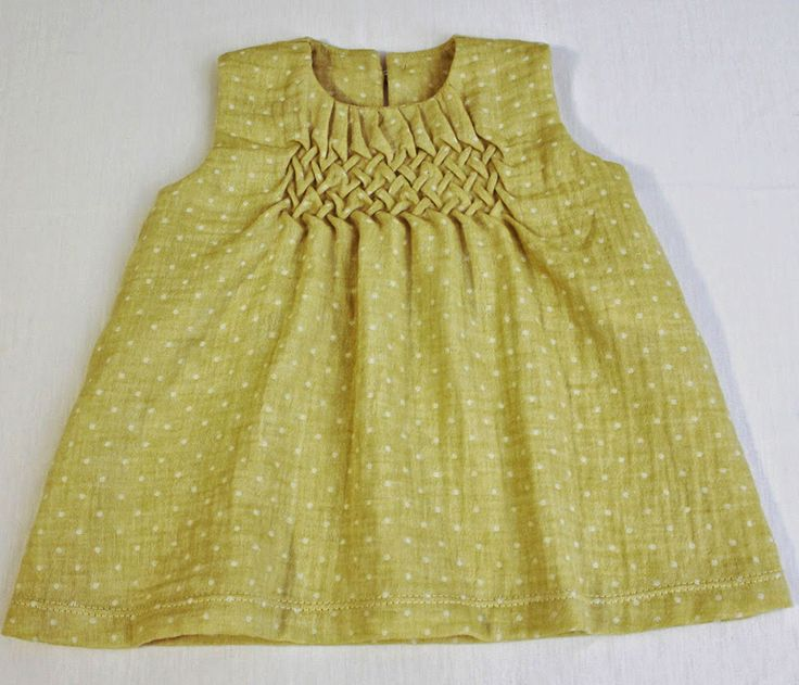 Lattice Smocked Balmy Breezes Top | Sew Mama Sew | Outstanding sewing, quilting, and needlework tutorials since 2005.