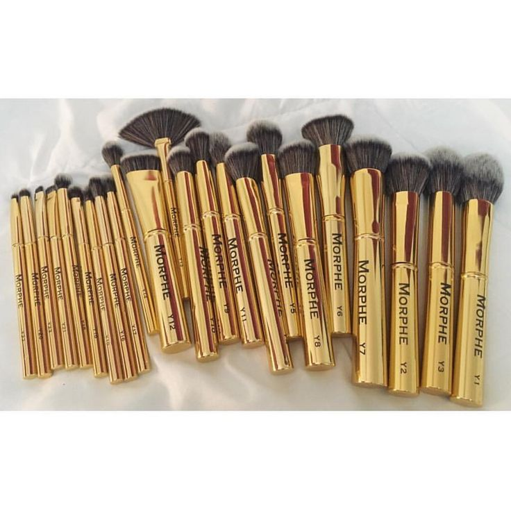 "14.7k Likes, 92 Comments - Morphe Brushes (@morphebrushes) on Instagram: ""All gold everything ✨ @jollyvolly picked up the gilded collection. Limited edition so don't miss…"""