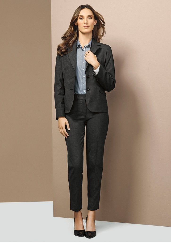 Simply Uniforms are specialised in women and men business wear including shirts, suits, jackets & accessories.