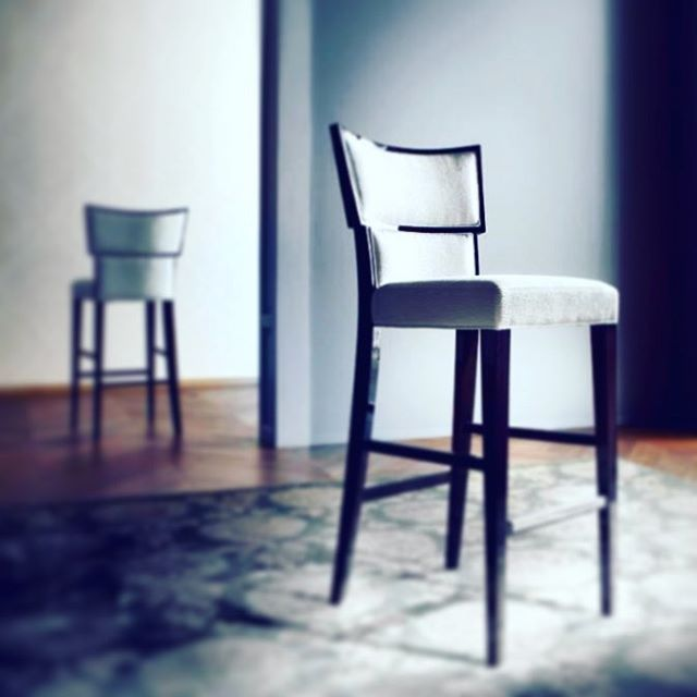 The Savvy Bar Chairs dressed with beautiful Italian fabric - a staple modern piece 100% #madeinitaly - see it at at our #goldcoastshowroom !! @sovereigninteriors #interiors #deluxe #design #instaluxury #instainteriors #interiorhome #interiordesign #sydneyblogger #sydney #sydneyhome #luxury #luxuryhome #luxurylifestyle #glamorous #follow4follow #like4like #SovereignInteriors #Italianmade #italiandesign #sydneyblogger #goldcoast #goldcoasthome #italianfurniture