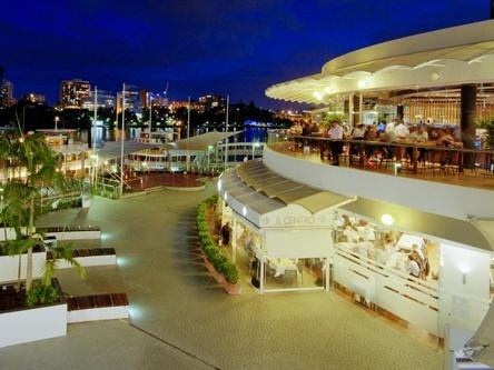 Eagle Street Pier - Brisbane Riverside