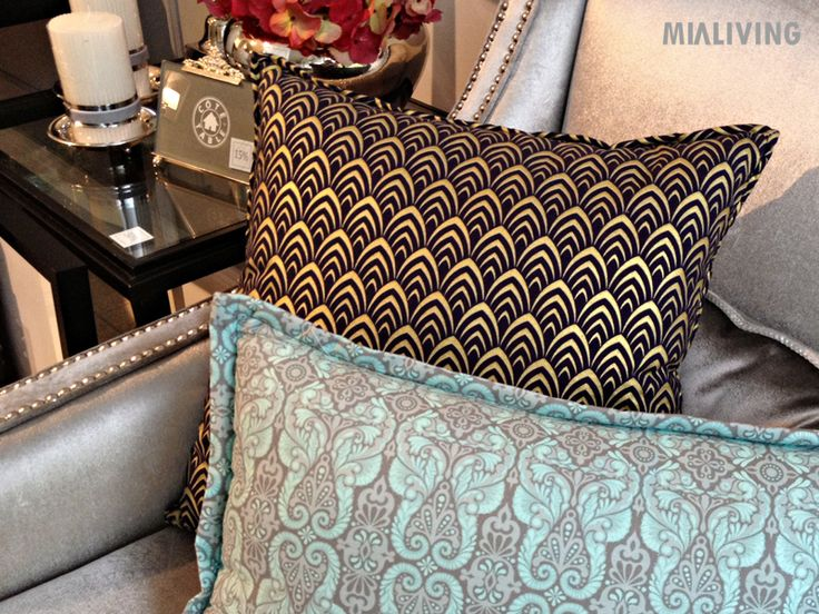 Mialiving pattern pillows #MIALIVING #pillows #moroccan #pattern #cushions  Photo was taken in @华华 GREY New York Style Interiors Warsaw