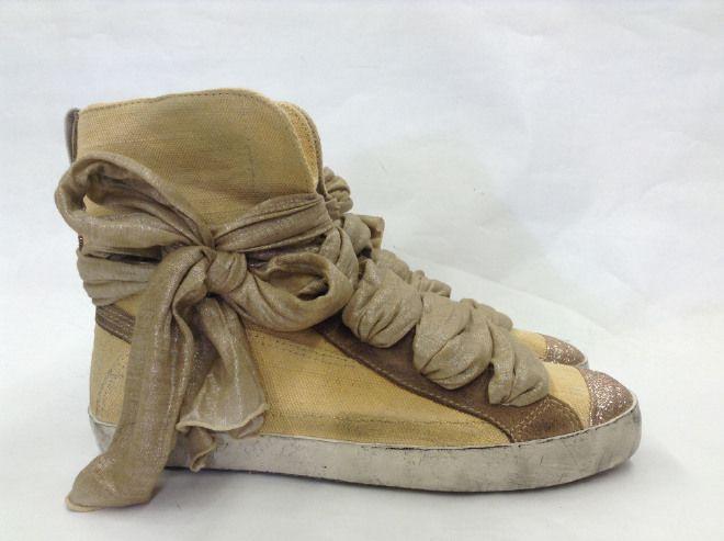 Particolarissime scarpe, molto belle e originali!