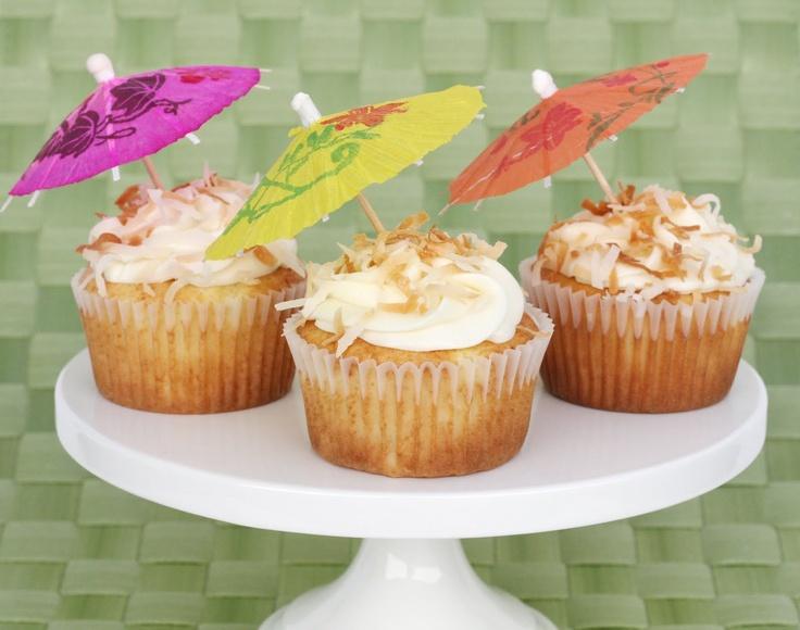 Pina Colada Cupcakes: Treats, Fun Recipes, Piña Colada, Cream Chee Frostings, Coconut Oil, Cupcakes Recipes, Pineapple Cakes, Colada Cupcakes, Cupcakes Rosa-Choqu