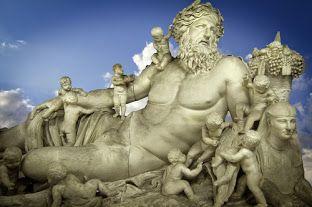 ..supuso que la montaña es el lugar más adecuado para que habiten los dioses...