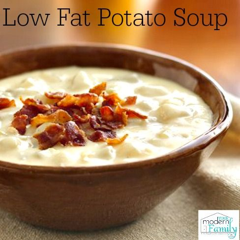 low fat potato soup - SO EASY TO MAKE!!   yourmodernfamily.com  #cansgetyoucooking
