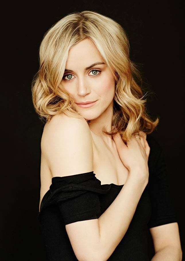 Taylor Schilling, star of Orange is the New Black, is looking fabulous!