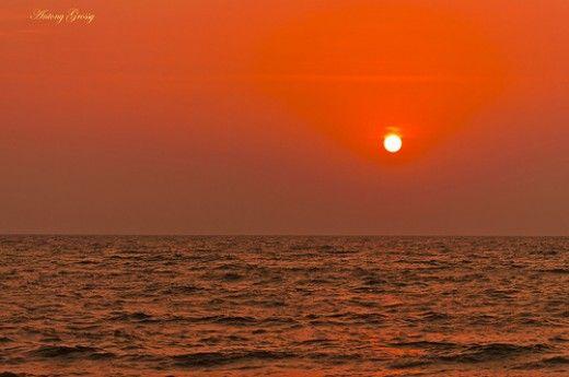 Kerala tourism; the golden beach Cherai, Kochi