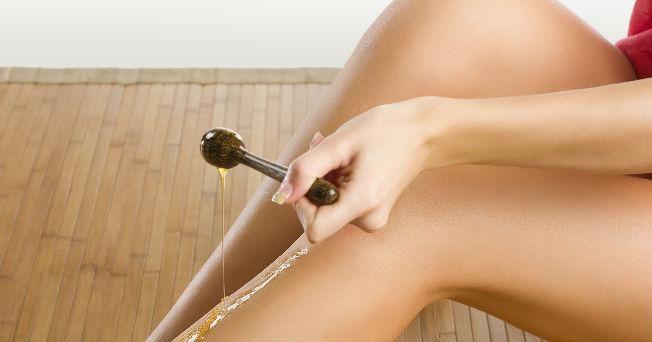 ¿Te imaginas preparar tu propia crema depilatorio natural en casa? En este post te explican cómo hacerlo.
