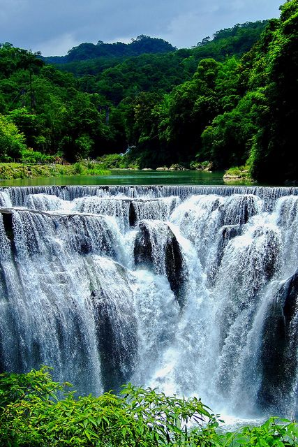 Shifen Waterfall in Taiwan. ** Gorgeous and very different.
