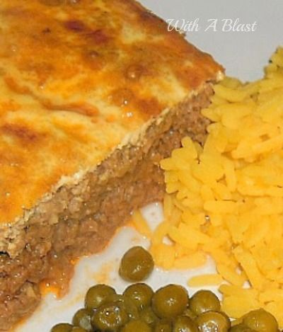 Bobotie ~ Traditional South-African dish served with yellow rice #Bobotie #ComfortFood