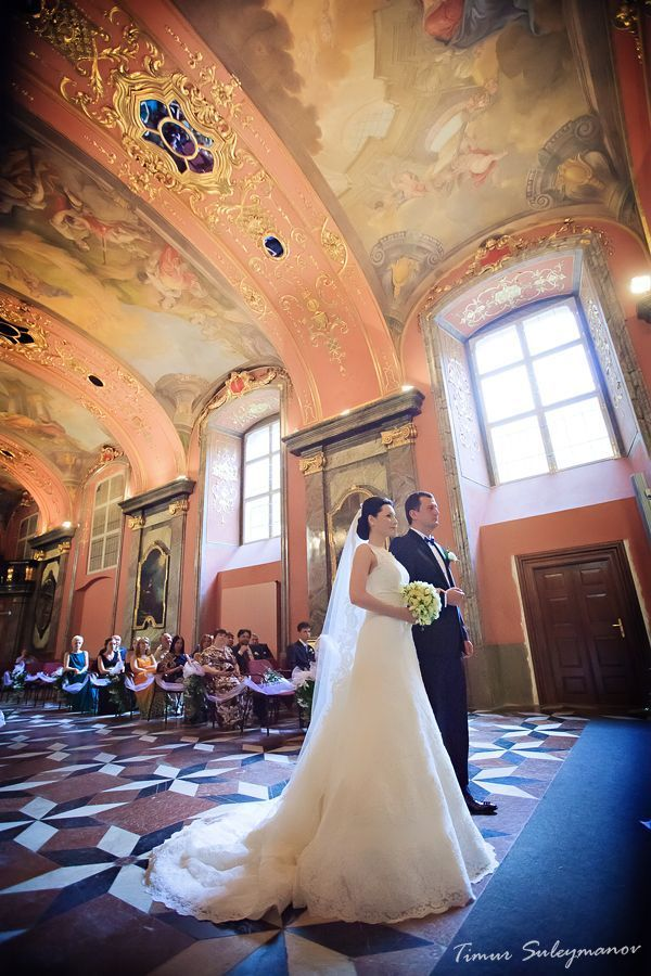 憧れのロイヤルウエディング風*中世ヨーロッパの古城で結婚式ができちゃいます♡にて紹介している画像