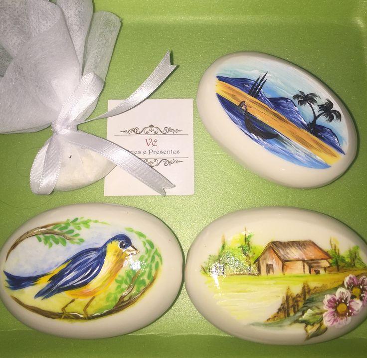 Sabonete pintado à mão lembrancinha