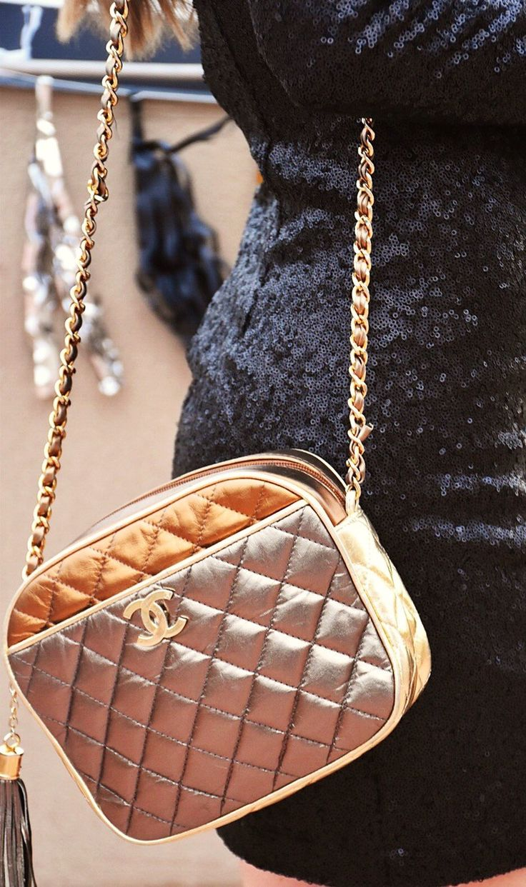 accf1b191b55 Best 25+ Vintage chanel bag ideas on Pinterest | Chanel clutch, Channel bags  and
