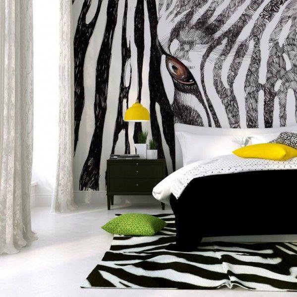Zebra na ścianie w sypialni