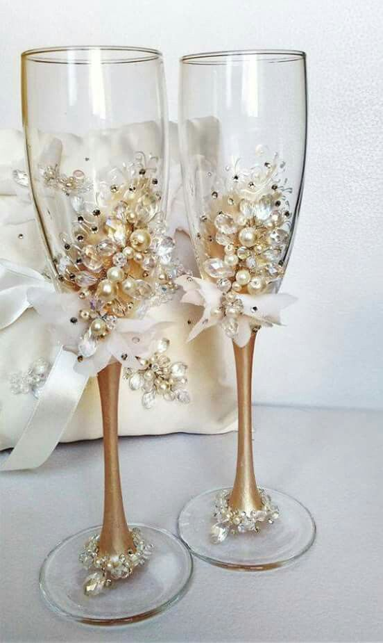 Gold toasting glasses