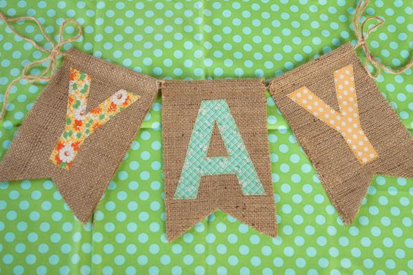 cute idea for a banner: Fabrics Letters, My Friend, Birthday Banners, Burlap Buntings, Cute Ideas, Burlap Banners, Fabrics Banners, Penant Diy Burlap, Letters Buntings