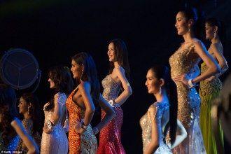 Miss Tiffany Universe is de meest bekende transgender verkiezing in de wereld waarbij alle deelnemers ooit mannen waren. Ieder jaar dingen 100 kandidaten naar de kroon voor de mooiste katoy van Thailand. Katoy ook soms katoey geschreven is de Thaise naam voor de zogenaamde Ladyboys. Net zoals traditionele missverkiezingen zijn de prijzen niet van de …