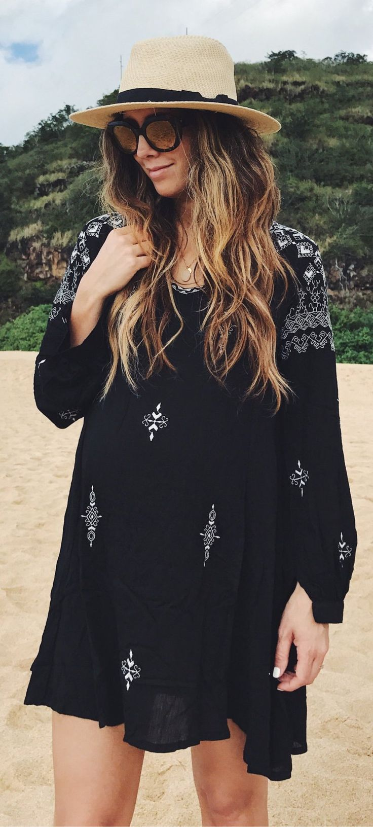 Black Printed Dress / Beach HatWOMEN'S RAGA EMBROIDERED DRESS Black Nordstrom  Trending Summer Spring Fashion Outfit to Try This 2017 Great for Wedding,casual,Flowy,Black,Maxi,Idea,Party,Cocktail,Hippe,Fashion,Elegant,Chic,Bohemian,Hippie,Gypsy,Floral