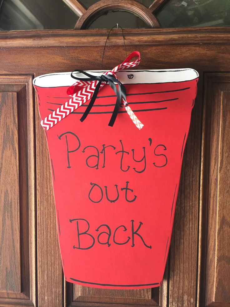 Red Solo Cup Door Hanger, Party Sign, Party Door Hanger, Summer Decor, Door Sign, Wreath, Door Decor by funfromthefarm on Etsy
