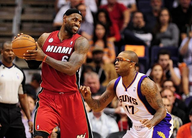 Miami Heat vs Phoenix Suns live streaming free NBA online   Miami Heat vs Phoenix Suns live streaming free NBA online on 3/3/2016  It is a battle between team meetings between the Phoenix Suns to the host Miami Heat in the NBA regular season the Association of American Airlines Arena.  Confrontation is half March 3 at 7:00 pm ET.  A team seemingly headed to another and keep their play-off redevelopment and reconstruction which must still an interesting battle between the two teams.  Miami…