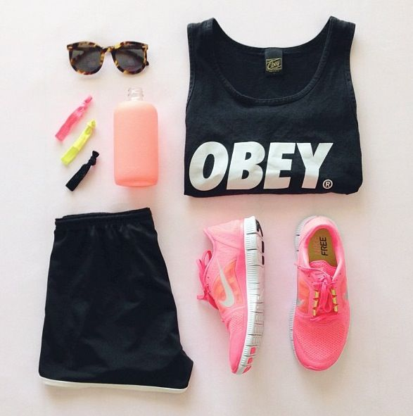 This is such a cute workout outfit!