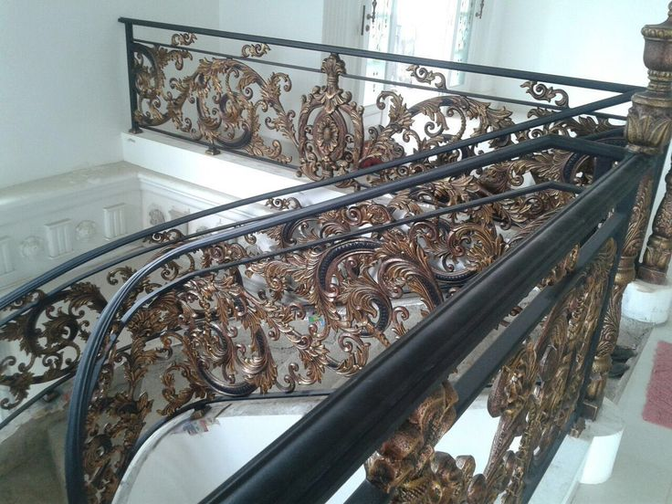Balkon Tangga