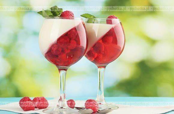Niech w Twoim domu zawsze goszczą smaczne desery. Błyskawiczna galaretka z malin. Lista zakupów:maliny, wino, cukier waniliowy.