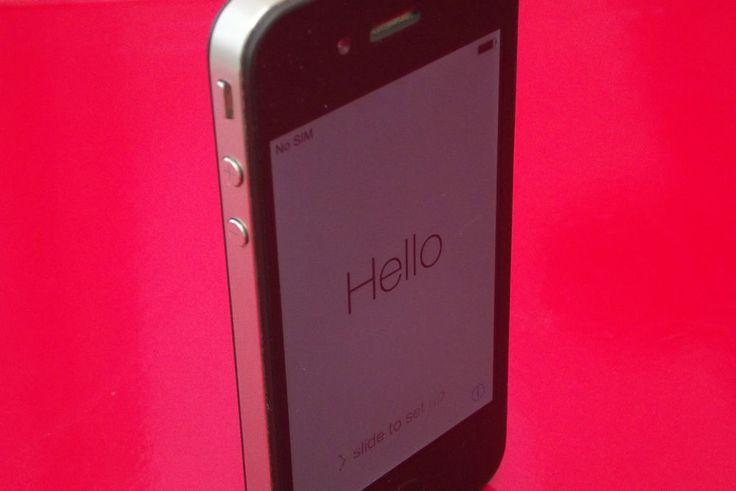 iPhone 4 Schwarz Ohne Simlock 8GB Keine Kratzer Top Zustand!