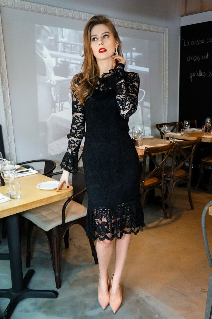 lace dress, dolce gabbana style, midi dress, eveningwear, holidays outfits, christmas outfit ideas, nude heels http://wardrobedetectives.ca/holidays-outfits/