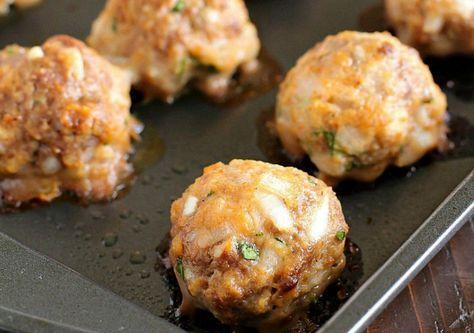 Tout simplement la meilleure recette de boulettes de viande maison au monde! Très facile et rapide à faire.