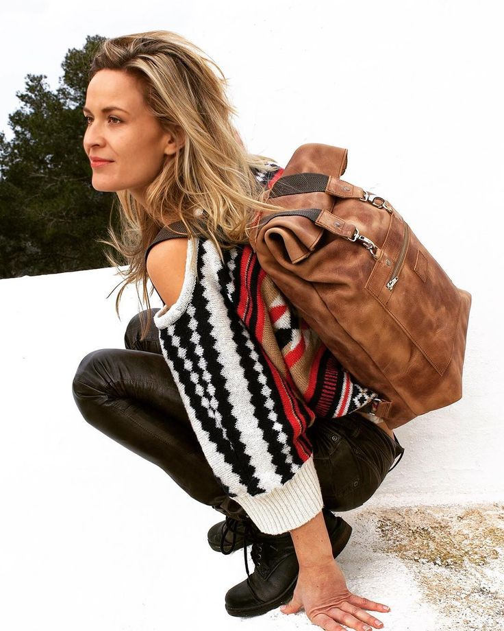 Explore dream and discover life! And of course the beautiful Abel bags made of rough eco-leather! See link in bio.  #wanderlust #fairfashion #ecofashion #ecodesign #sustainablefashion #sustainabledesign #nomad #adventure #ambacht #handmade #handgemaakt #handcraft #handcrafted #leatherbag #backpack #rugtas #conceptstore #groningen #ibiza