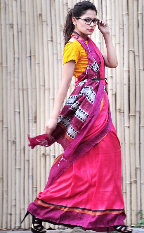 The Modern Indian woman in a contemporary saree drape. Traditional handwoven silk saree with folk prints!
