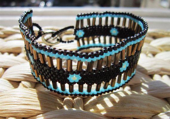HANDMADE beaded Turquise flower bracelet by ImolArt on Etsy