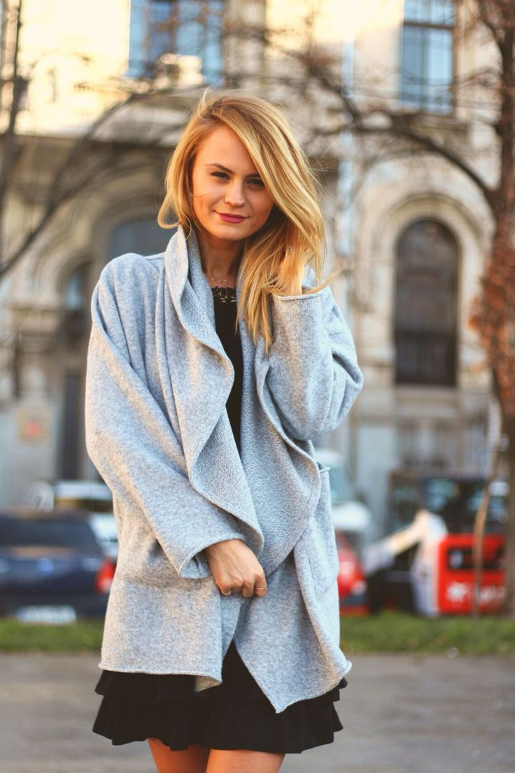Light Grey Oversized Cardigan | new on www.theitem.co   #oversizedcardigan #lightgrey #grey #cardigan #theitem #fall #musthave #ood #bestlook #women #clothing