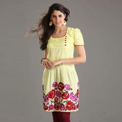 Keeping in mind the requirements of the clients, we manufacture and supply a wide array of Ladies Printed Kurtis