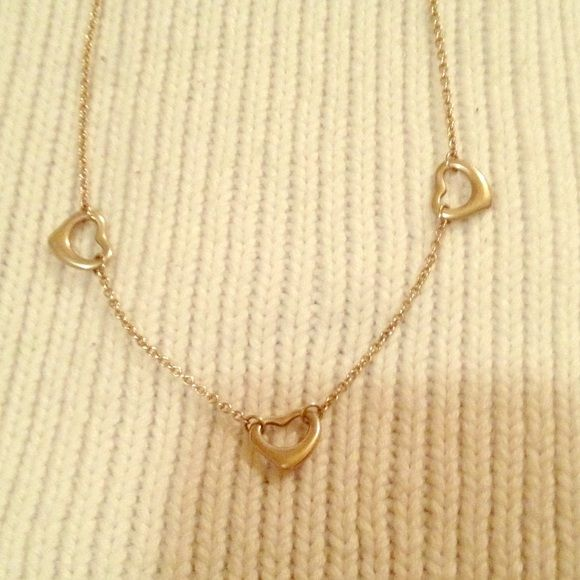 Authentic Retired Tiffany Necklace Three heart Elsa Peretti necklace. I have worn this multiple times and the necklace does not look new. It does not have any significant scratching or issues. Tiffany & Co. Jewelry Necklaces