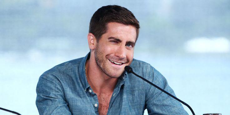I Love Jake Gyllenhaal Most When He's Being Weird  http://www.elle.com/culture/movies-tv/news/a46418/jake-gyllenhaal-is-a-weirdo/